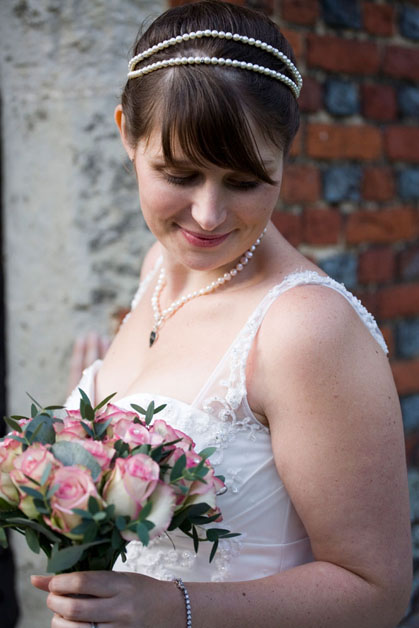 natural bride photography leez priory