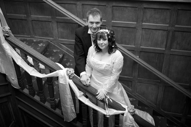bride and groom stairs ewell court house