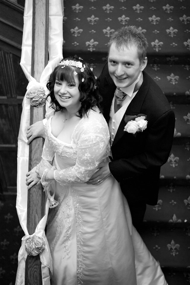 groom and bride stairs ewell court house