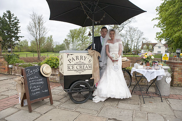bride groom ice cream cart