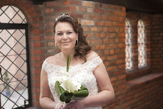 Leez Priory Bride Portrait