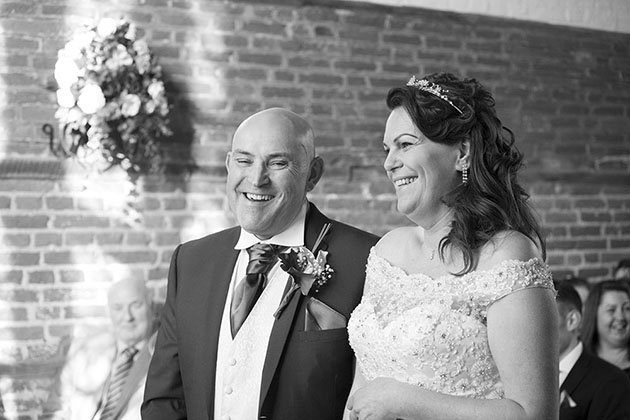 Leez Priory Wedding Ceremony 04 028